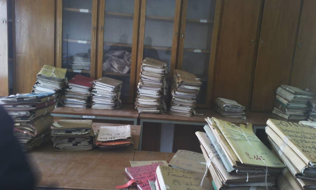 Transfert des archives historiques de la Direction Générale des Marchés Publics à la DNAM.